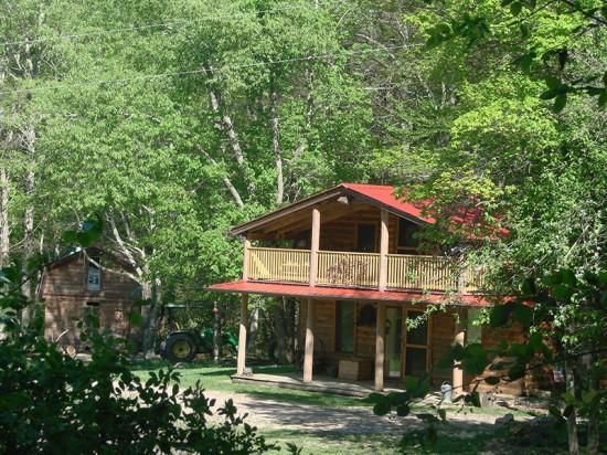 Rock-n-Creek Cabin